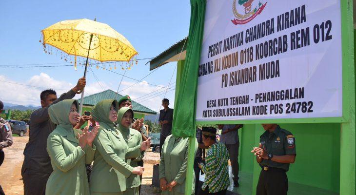 Ketua Persit KCK PD Iskandar Muda Resmikan Kantor Persit XLI Kodim 0118