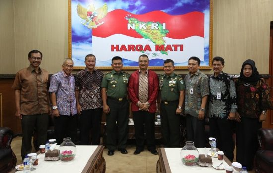 Direktur Utama PT PIM Silahturahmi dengan Pangdam IM