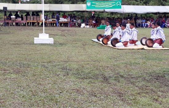 Tamu Undangan Penututupan TMMD ke 103 Kodim Aceh Barat Dihibur Rapa'i Geleng