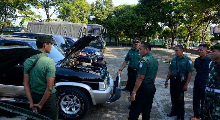 Kasrem  Cek Kendaraan Dinas Personel Korem 011 Lilawangsa