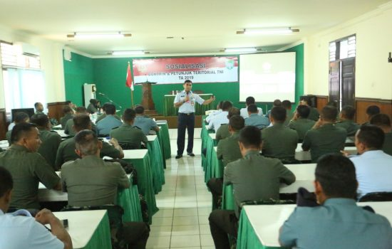 Sterdam IM Sosialisasikan Doktrin dan Petunjuk Teritorial TNI Ta. 2019 kepada Prajurit TNI