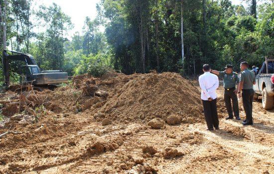 Dandim 0116  dan Kepala Bappeda Nagan Raya Tinjau Lokasi TMMD ke-108 TA. 2020