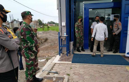 Personil Kodim Dan Polres Nagan Raya Simulasi Kesiapan Prosedur Standar Tatanan Baru (New Normal) Kabupaten Nagan Raya